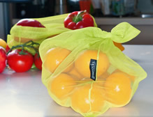 Tied bag with capsicum